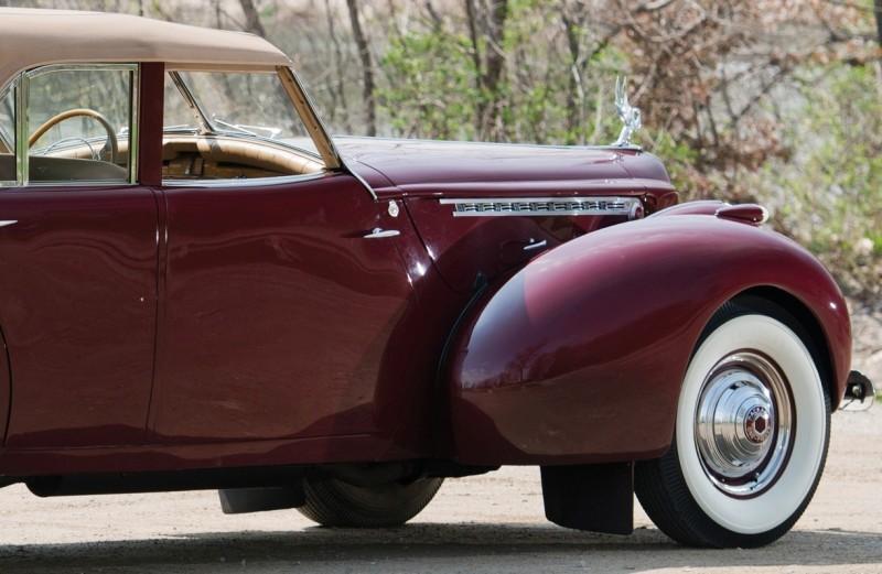 1940 Packard Custom Super Eight Convertible Sedan by Darrin 2