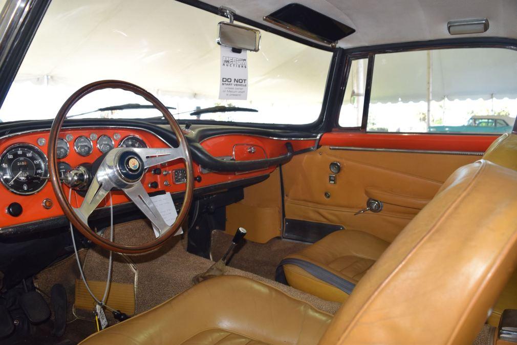 1963 Maserati 3500GTi Interior 4