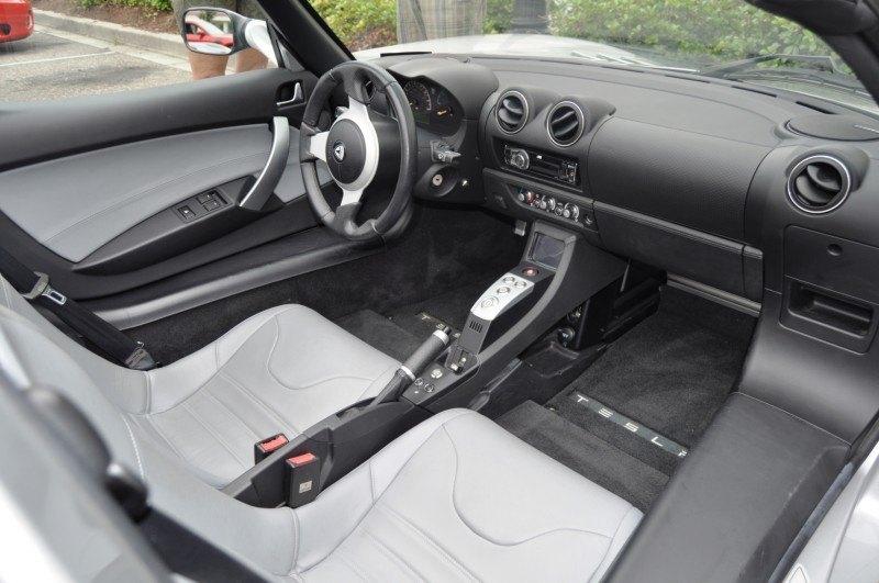 2011 TESLA Roadster 8