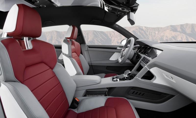 2011 Volkswagen Cross Coupe SUV Concept 35