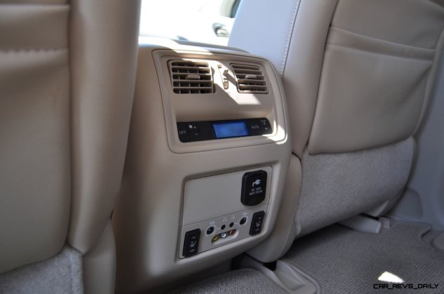 2014 Nissan Pathfinder Platinum Inside and Out12