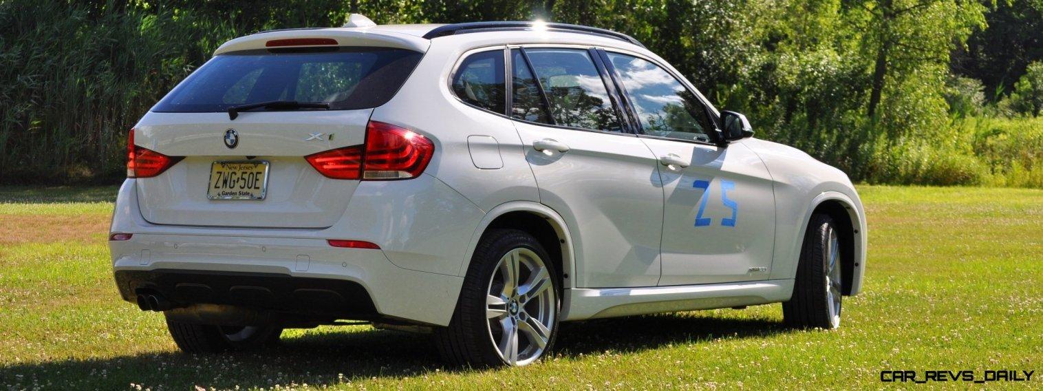 BMW X1 sDrive28i M Sport - Alpine White in 60 High-Res Photos11