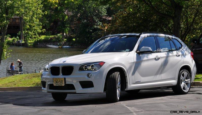 BMW X1 sDrive28i M Sport - Alpine White in 60 High-Res Photos30