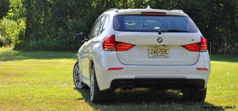 BMW X1 sDrive28i M Sport - Alpine White in 60 High-Res Photos9