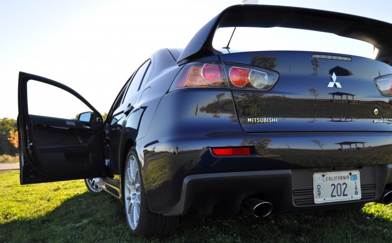 CarRevsDaily.com - 2014 Mitsubishi Lancer Evolution GSR16