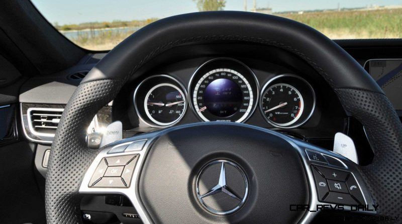 CarRevsDaily.com - Fun Car Gifs - 2014 E63 AMG 4MATIC S-Model in 30 High-Res Images26