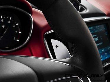 Maserati-Ghibli-dettaglio-cambio-sequenziale