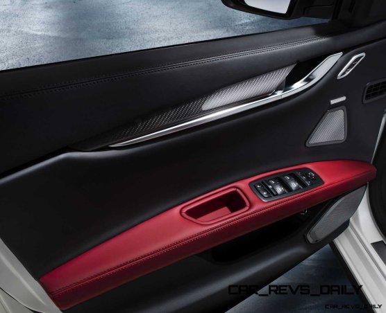 Maserati-Ghibli-dettaglio-portiera