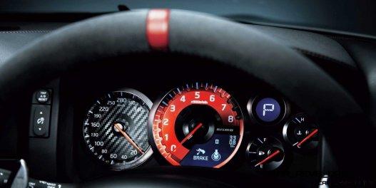 10 2014 Nissan GT-R NISMO Brings FutureTech and 600 Horsepower