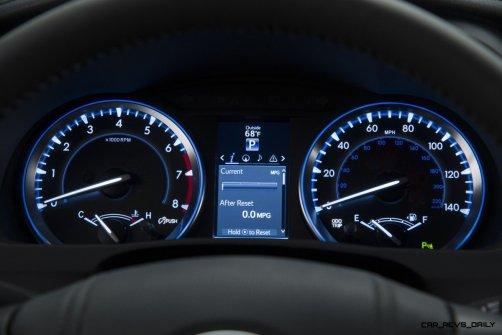 CarRevsDaily - 2014 Toyota Highlander Interior Photo3