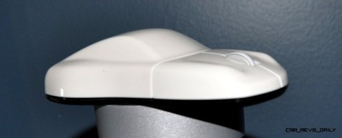 CarRevsDaily - Porsche Design Computer Mouse - Gadget Review 40