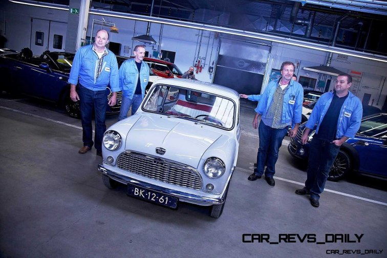 Timelapse - 1961 MINI Drops 54 Years in 54 Seconds 55
