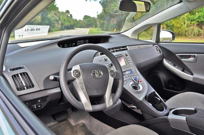 2014 Toyota Prius Plug-in Hybrid 45