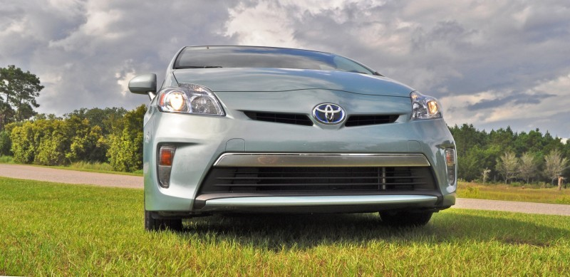 2014 Toyota Prius Plug-in Hybrid 89