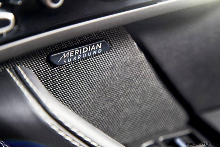 Jaguar Makes a WINNER! 2015 F-type Coupe INTERIOR3