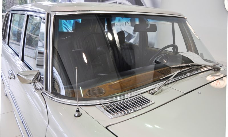 1970 Mercedes-Benz 600 Pullman SWB 21