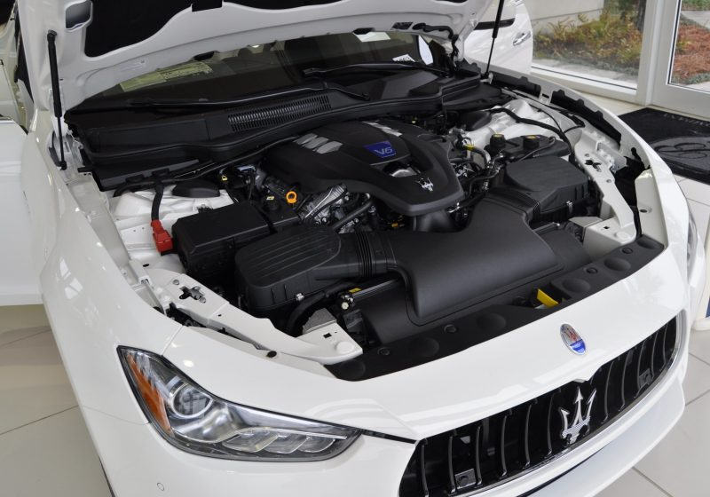 2014 Maserati Ghibli Q4 -- Interior Feels Luxe and High-Quality, But Back Seat A Bit Tight 19
