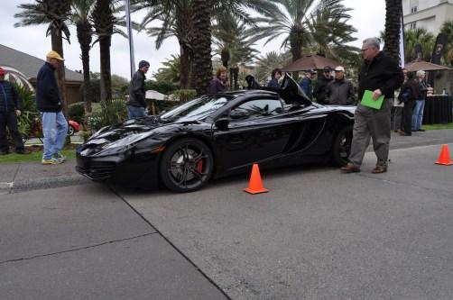 2014 McLaren 12C Spider Is Mobbed in Amelia Island! Failed Drop-top Animations 22