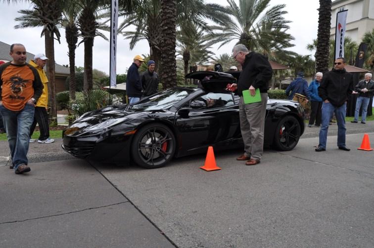 2014 McLaren 12C Spider Is Mobbed in Amelia Island! Failed Drop-top Animations 25