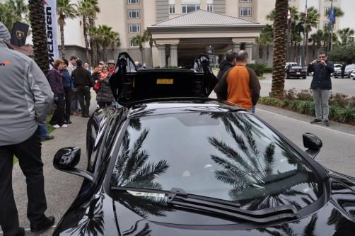 2014 McLaren 12C Spider Is Mobbed in Amelia Island! Failed Drop-top Animations 32