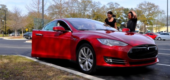 2014 TESLA Model S 85 -- Road Test Video Review -- 1500-words -- 250 Images -- Smooth Power, Great Dynamics, Unequivocal EV Brilliance 5