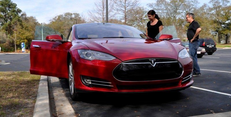 2014 TESLA Model S 85 -- Road Test Video Review -- 1500-words -- 250 Images -- Smooth Power, Great Dynamics, Unequivocal EV Brilliance 6