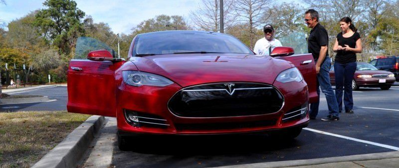 2014 TESLA Model S 85 -- Road Test Video Review -- 1500-words -- 250 Images -- Smooth Power, Great Dynamics, Unequivocal EV Brilliance 7