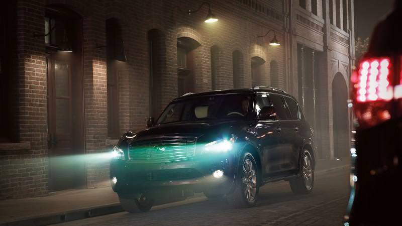 Car-Revs-Daily.com -- 2014 INFINITI QX80 Buyers Guide, Pricing, Colors and Specs 30