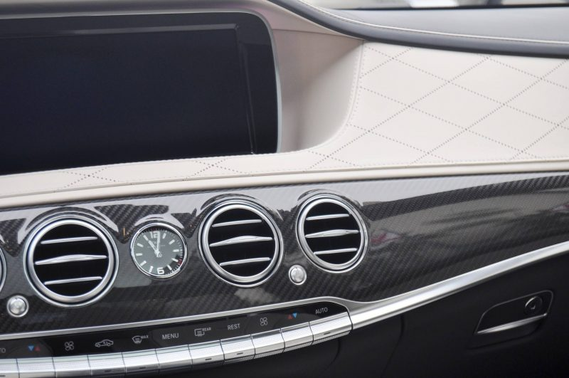 Car-Revs-Daily.com -- 3.9s Mercedes-Benz S65 and S63 AMG 4MATIC -- Cool Buyers Guide Intel -- 40 Real-Life Photos  Animated Option Visualizers 82