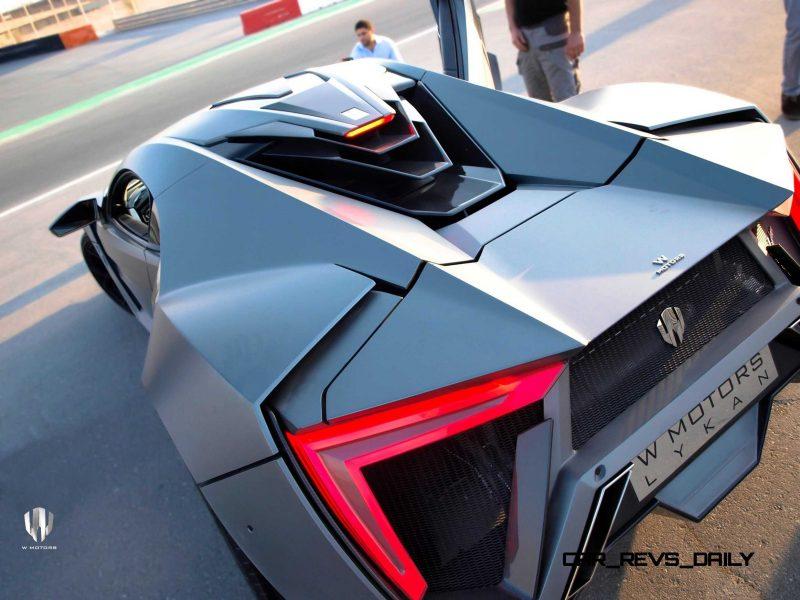 Car-Revs-Daily.com - W Motors LYKAN HyperSport 20