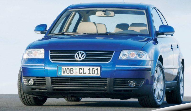Volkswagen-Passat-2003-wallpaper