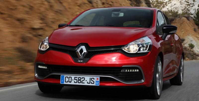 Car-Revs-Daily.com Builds a 2014 Renault Clio RS 200 EDC Lux 47