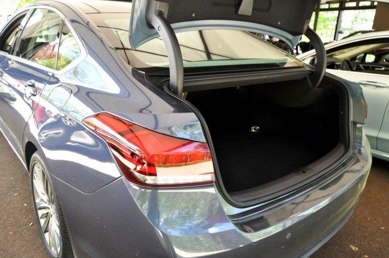 Car-Revs-Daily.com Snaps the 2015 Hyundai Genesis 5.0 V8 35