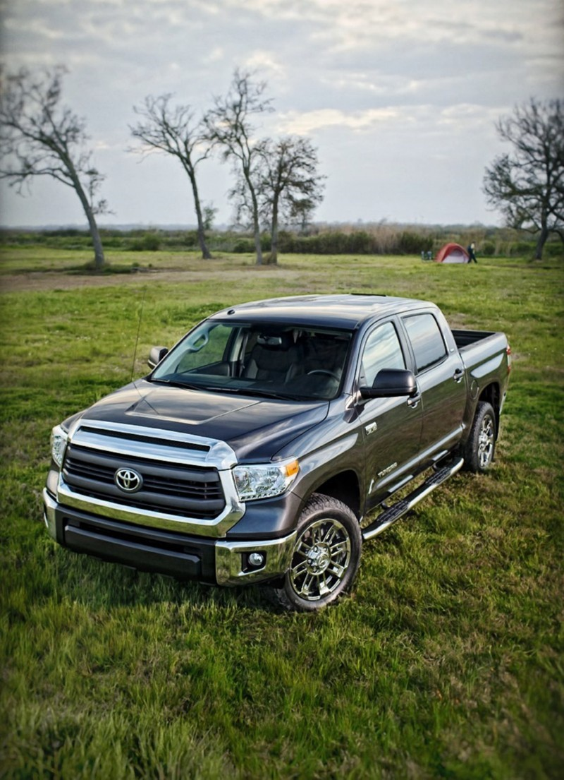 2015 Toyota Tundra Bass Pro Shops Off-Road Edition 6