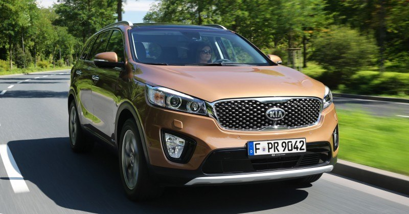 2016 Kia Sorento Debuts in Paris With Jaguar-Baiting Style at Ford Prices 67