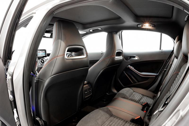 2015 BRABUS Mercedes-Benz GLA-Class 43