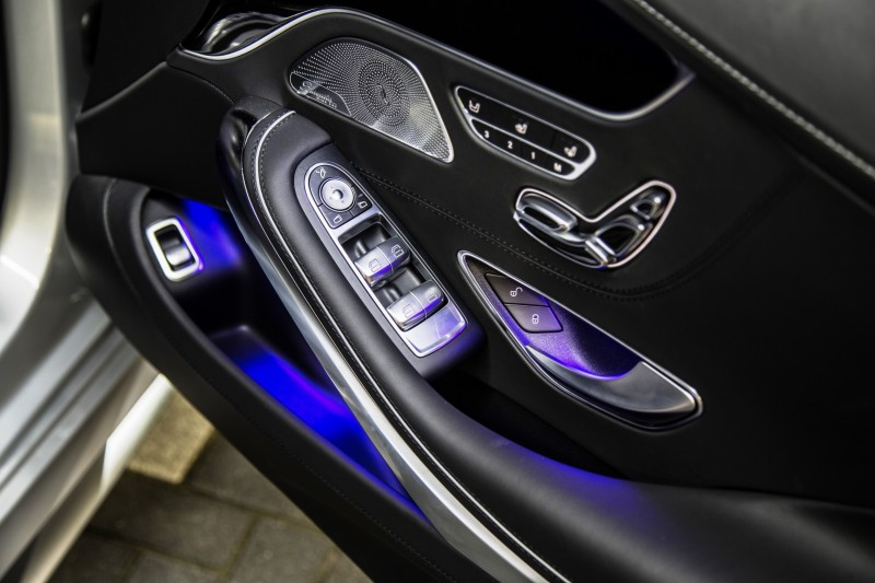 2015 Mercedes-Benz S63 AMG Coupe 36