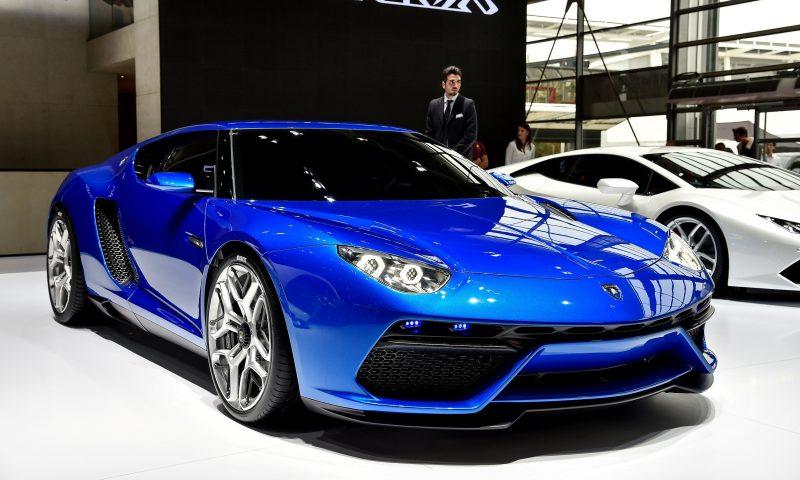Lamborghini LPI 910-4 Asterion 3