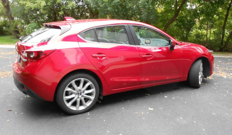 Road Test Review - 2014 Mazda3 S Grand Touring  9