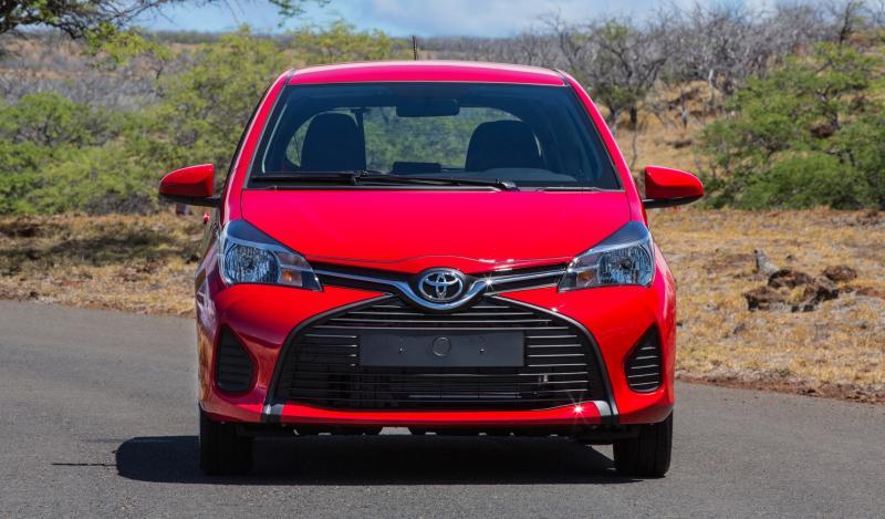 Road Test Review - 2015 Toyota Yaris SE 5-Door 14