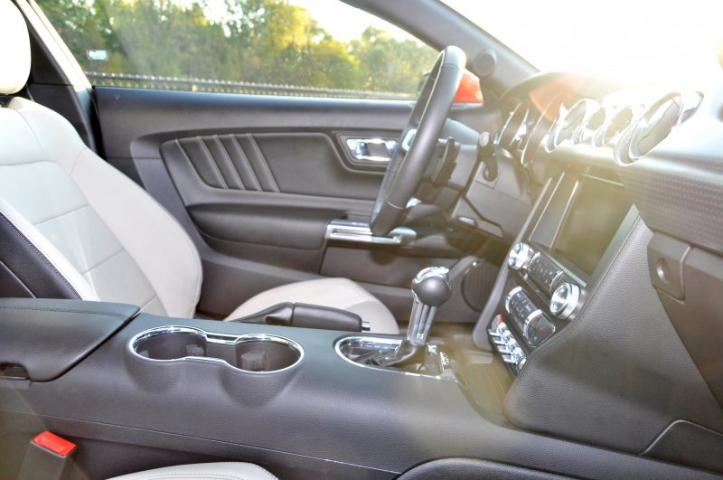 Track Test Review - 2015 Ford Mustang GT in 4K Video 26