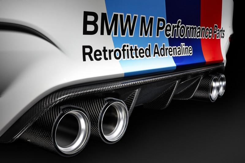 2015 BMW M4 Safety Car 11