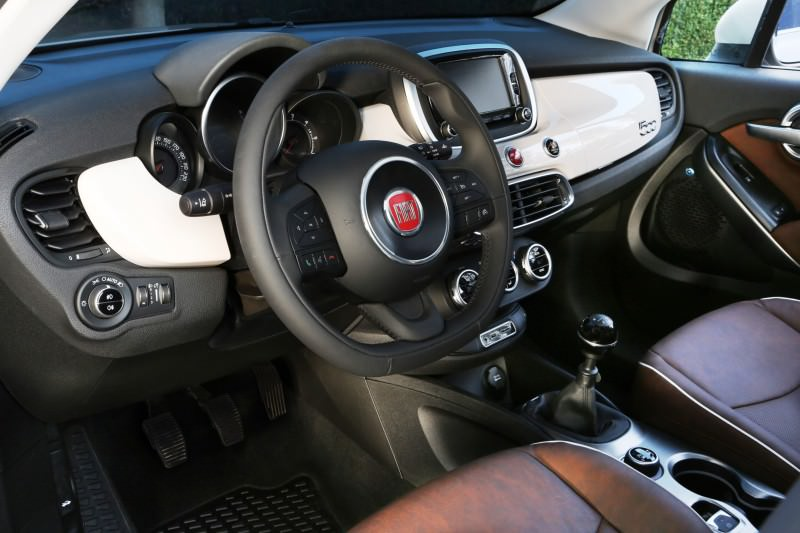 2016 Fiat 500X 49