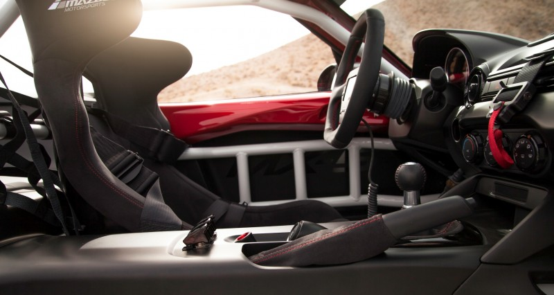 2016 MazdaSpeed MX-5 Racecar 17