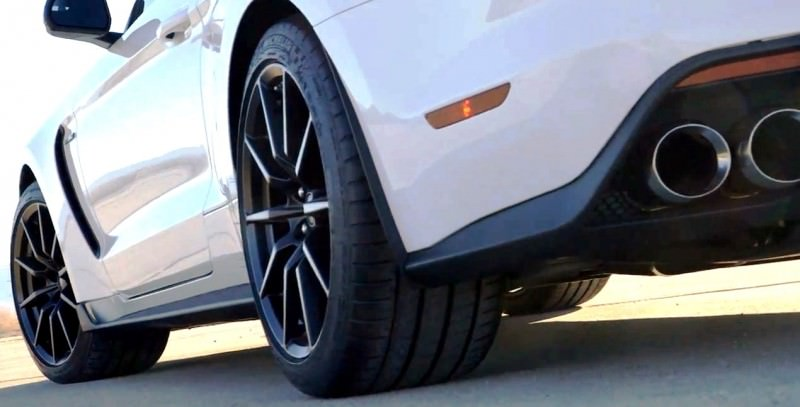2016 SHELBY GT350 Mustang White 30