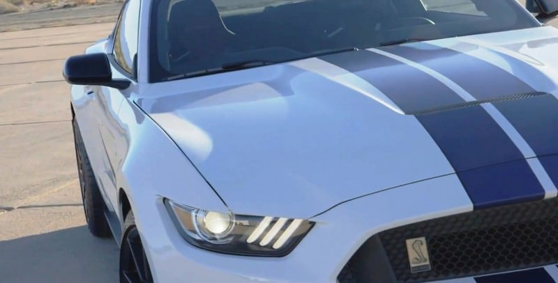 2016 SHELBY GT350 Mustang White 31