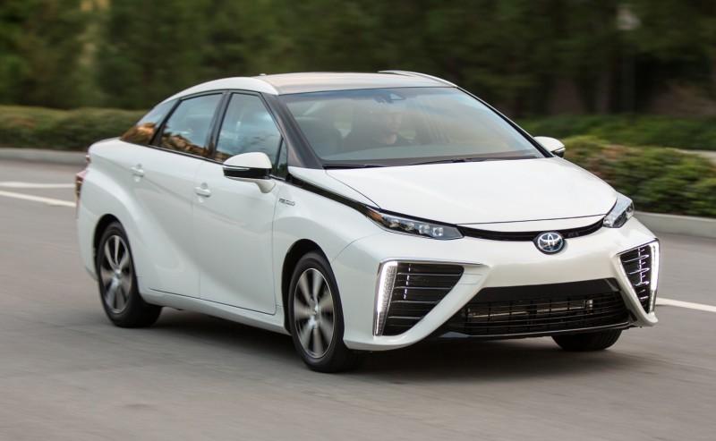 2016 Toyota Mirai 45