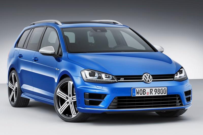 2016 Volkswagen Golf R Sportwagen 13