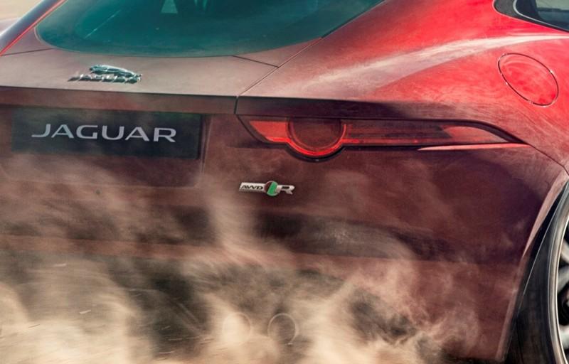 New all-wheel-drive Jaguar F-Type R boosts Bloodhound SSC record bid-60197 - Copy