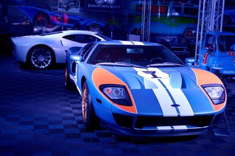 SEMA 2014 Showfloor Photo Gallery - The CARS 34